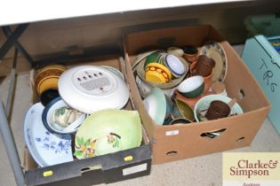 Two boxes of various sundry china