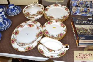"""A quantity of Royal Albert """"Old Country Roses"""" chi"""