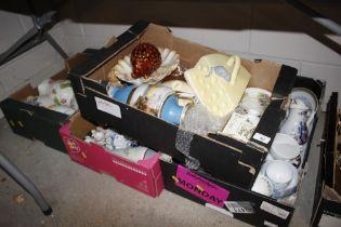 Four boxes of miscellaneous decorative porcelain e