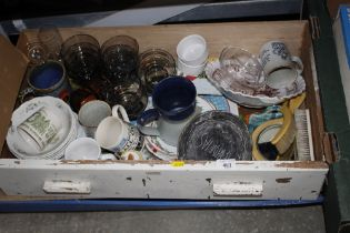 A box and a drawer of various sundry glass and chi