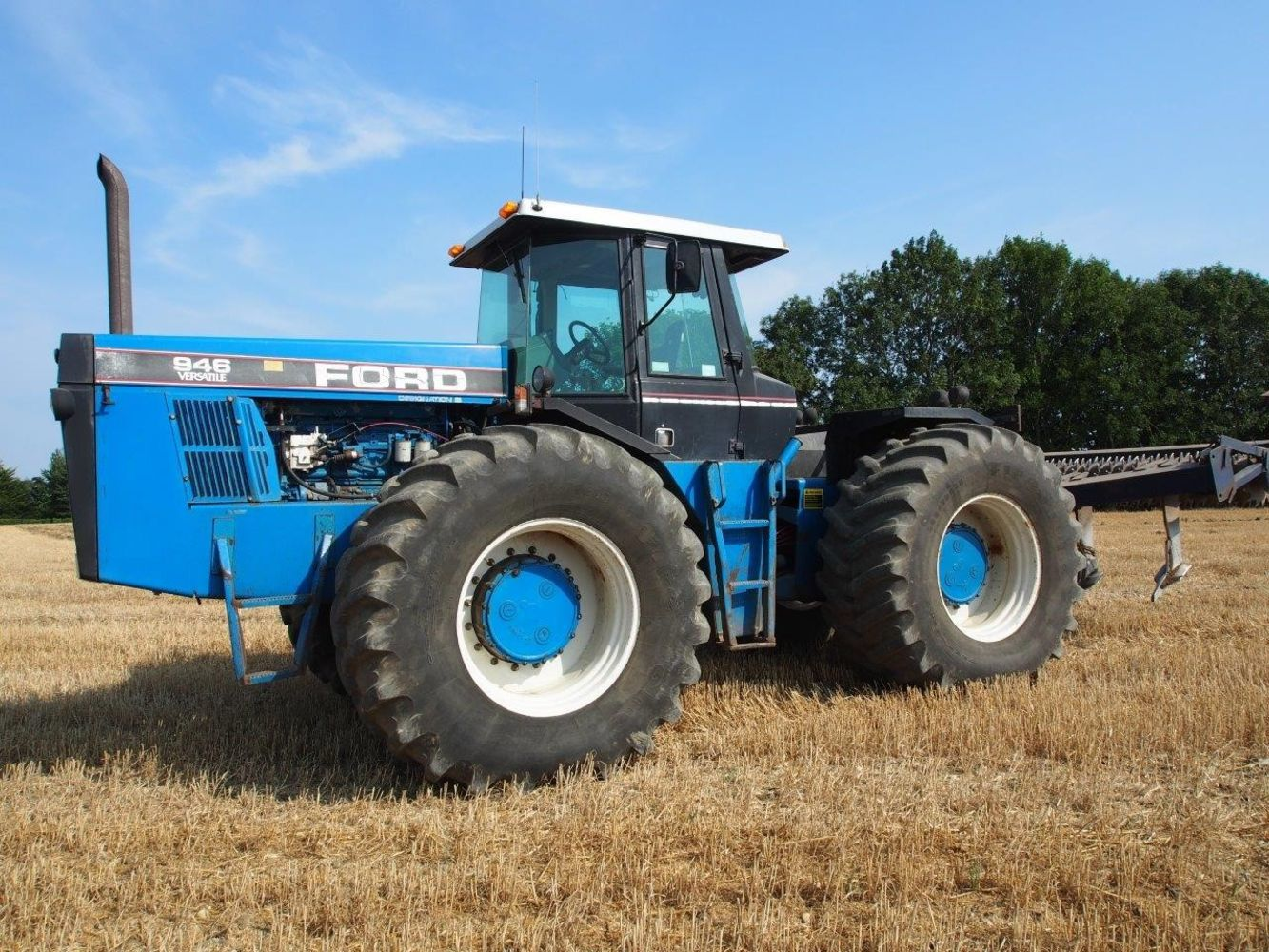 Timed Online Collective Sale of Combine, Tractors, Plant, Vehicles, Machinery and Spares