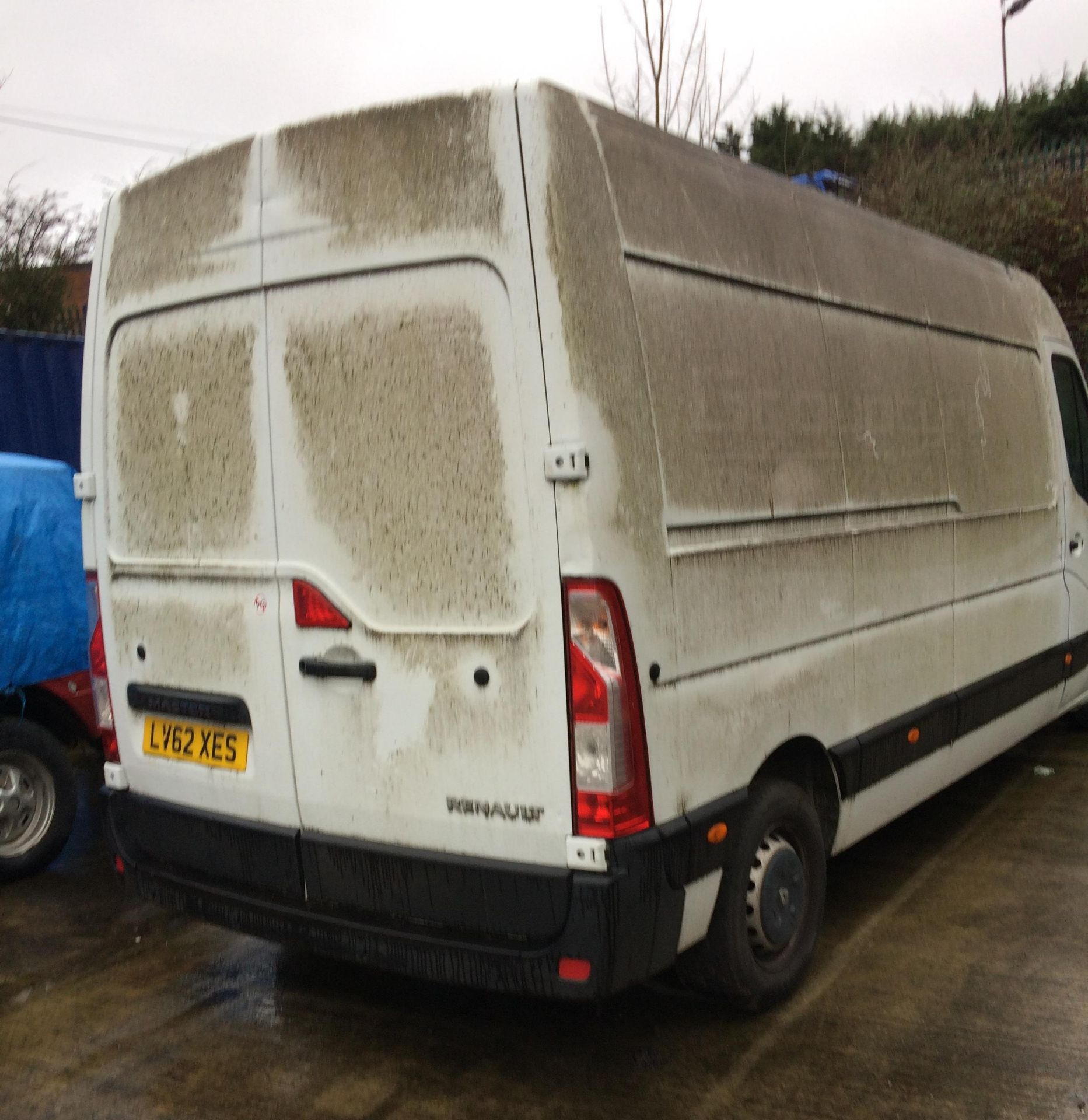 ON INSTRUCTIONS OF HIGH COURT ENFORCEMENT - RENAULT MASTER LM35 DCi 125 2. - Image 2 of 13