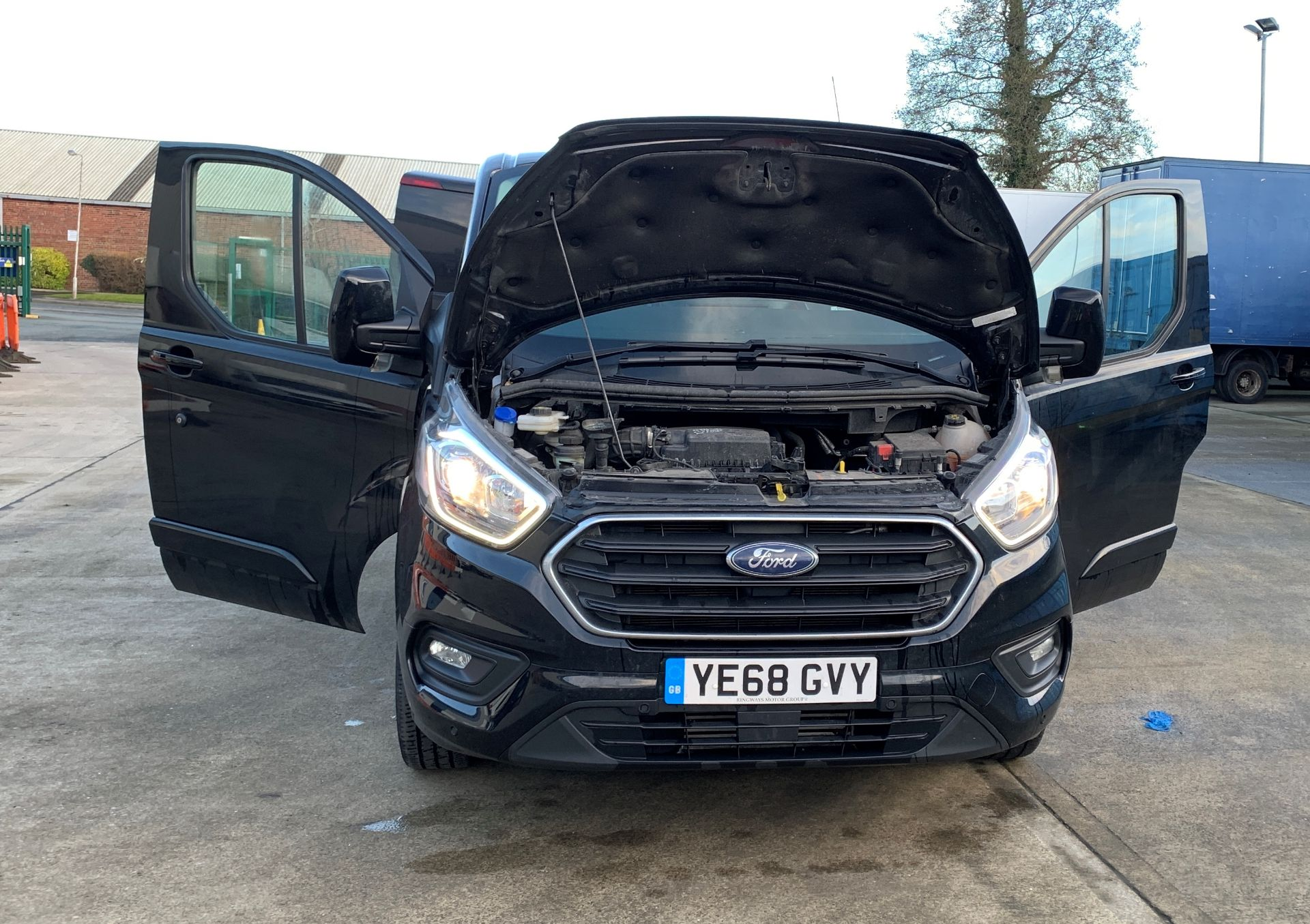 ON INSTRUCTIONS RE: A LIQUIDATION - FORD TRANSIT CUSTOM 300 LIMITED 2. - Image 12 of 16