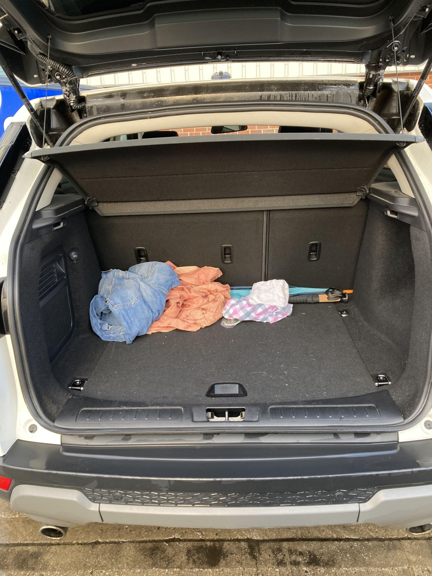 ON INSTRUCTIONS RE: A DECEASED ESTATE - LANDROVER RANGE ROVER EVOQUE PURE T 2. - Image 7 of 22