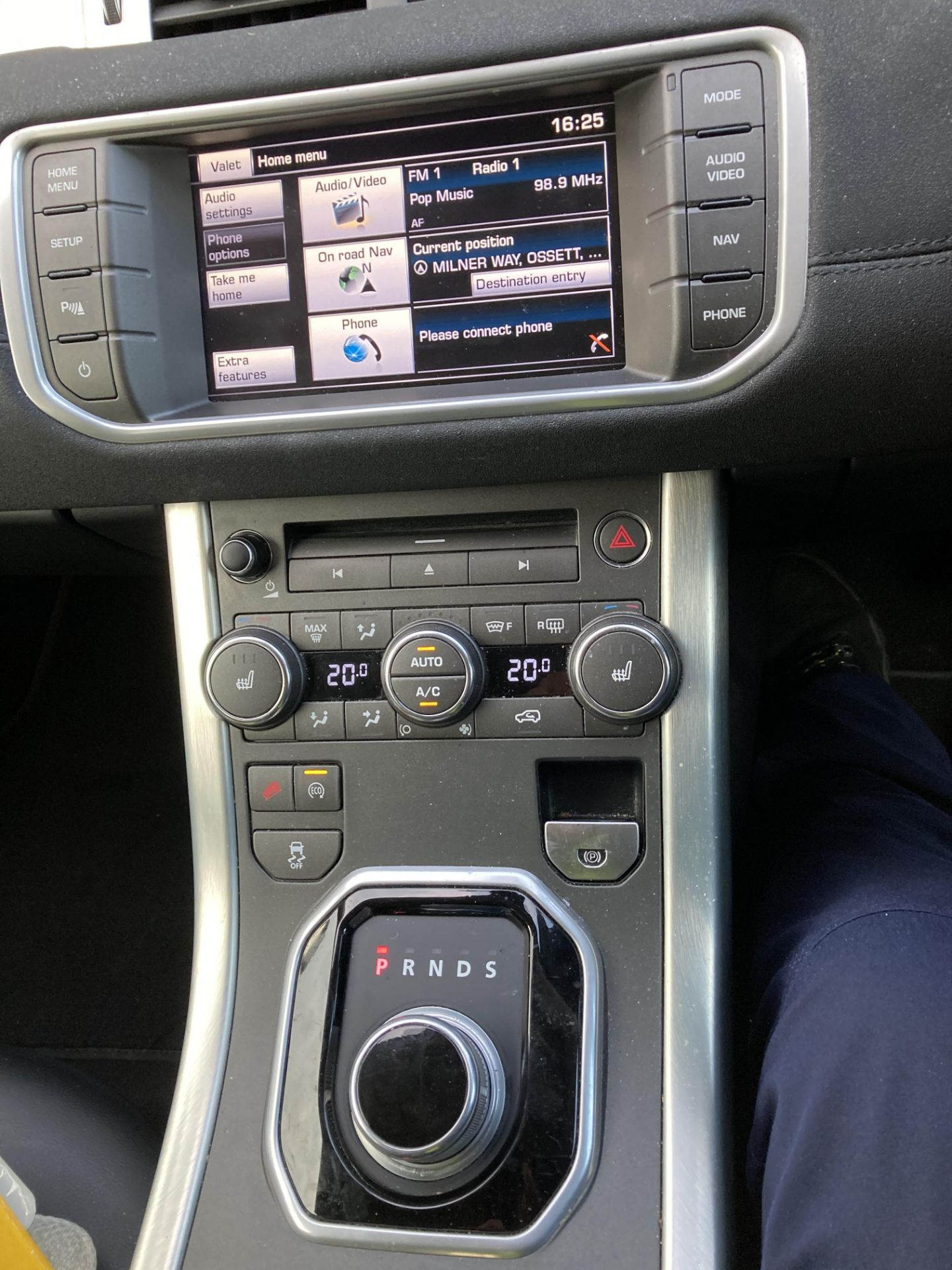 ON INSTRUCTIONS RE: A DECEASED ESTATE - LANDROVER RANGE ROVER EVOQUE PURE T 2. - Image 6 of 22