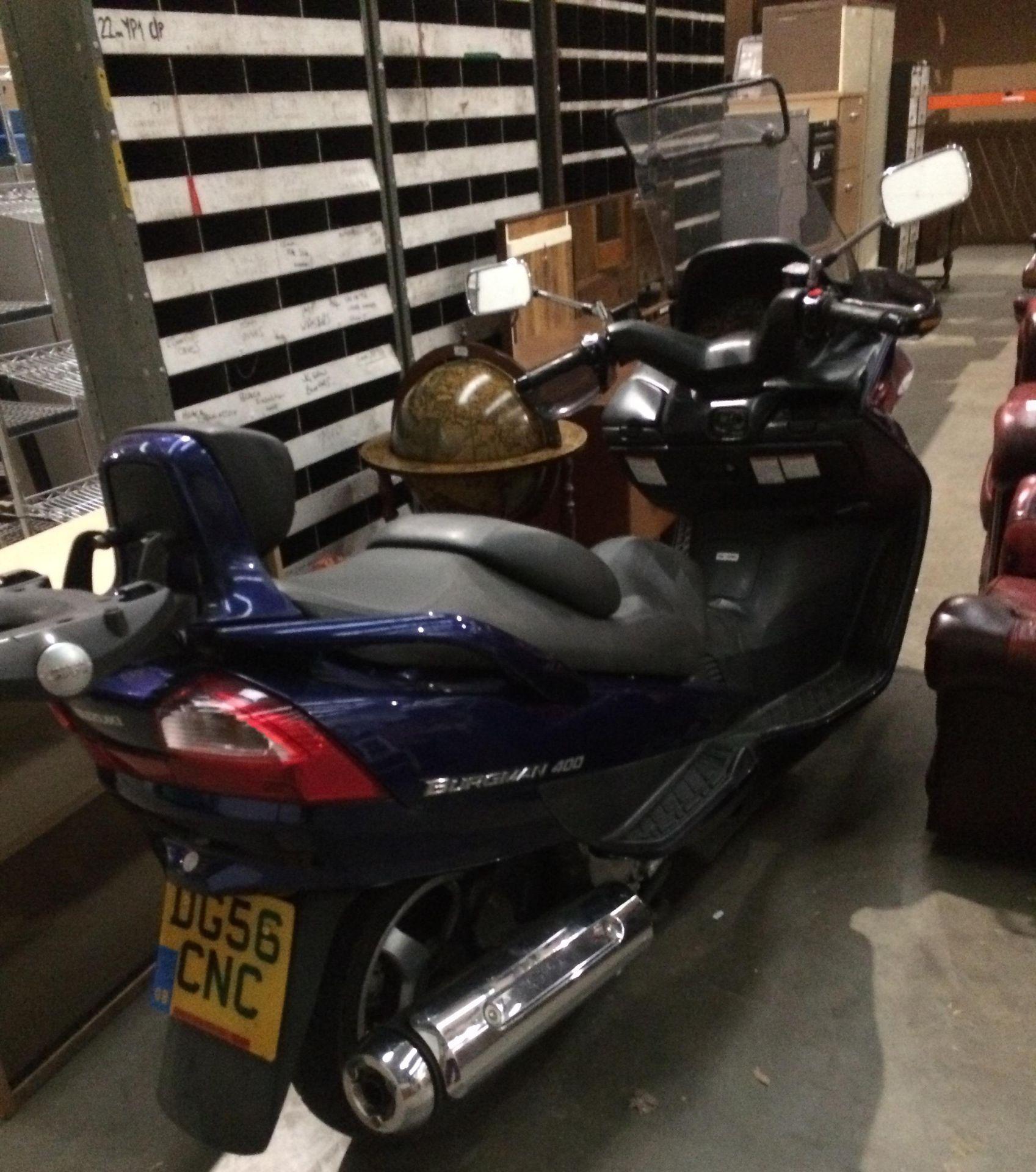 ON BEHALF OF THE INSOLVENCY SERVICE - SUZUKI BERGMAN 400 AN 400KG MOTORCYCLE - petrol - blue Reg - Image 4 of 10
