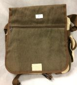 Over the shoulder canvas bag in brown (unbranded)