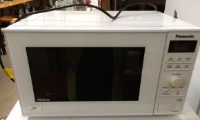 A Panasonic NN-SD251W microwave