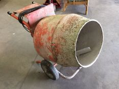 A Belle 240v portable cement mixer (advised gearbox fault)