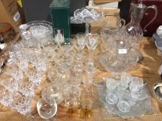 Contents to part table top - glassware including a plated top claret jug, decanter, bowls,