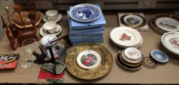 Contents to table top - eight Wedgwood boxed Calendar and other plates,