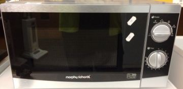 A Morphy Richards 800W household microwave oven
