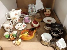 Contents to tray Midwinter Ming tree coffee pot, jug and small dish, Sarreguemines face jug,