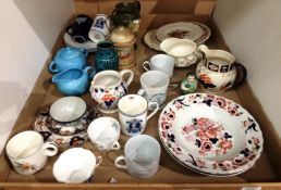 Contents to tray - pottery and porcelain, vases, plates, patterned jugs, pattern soup bowls etc.