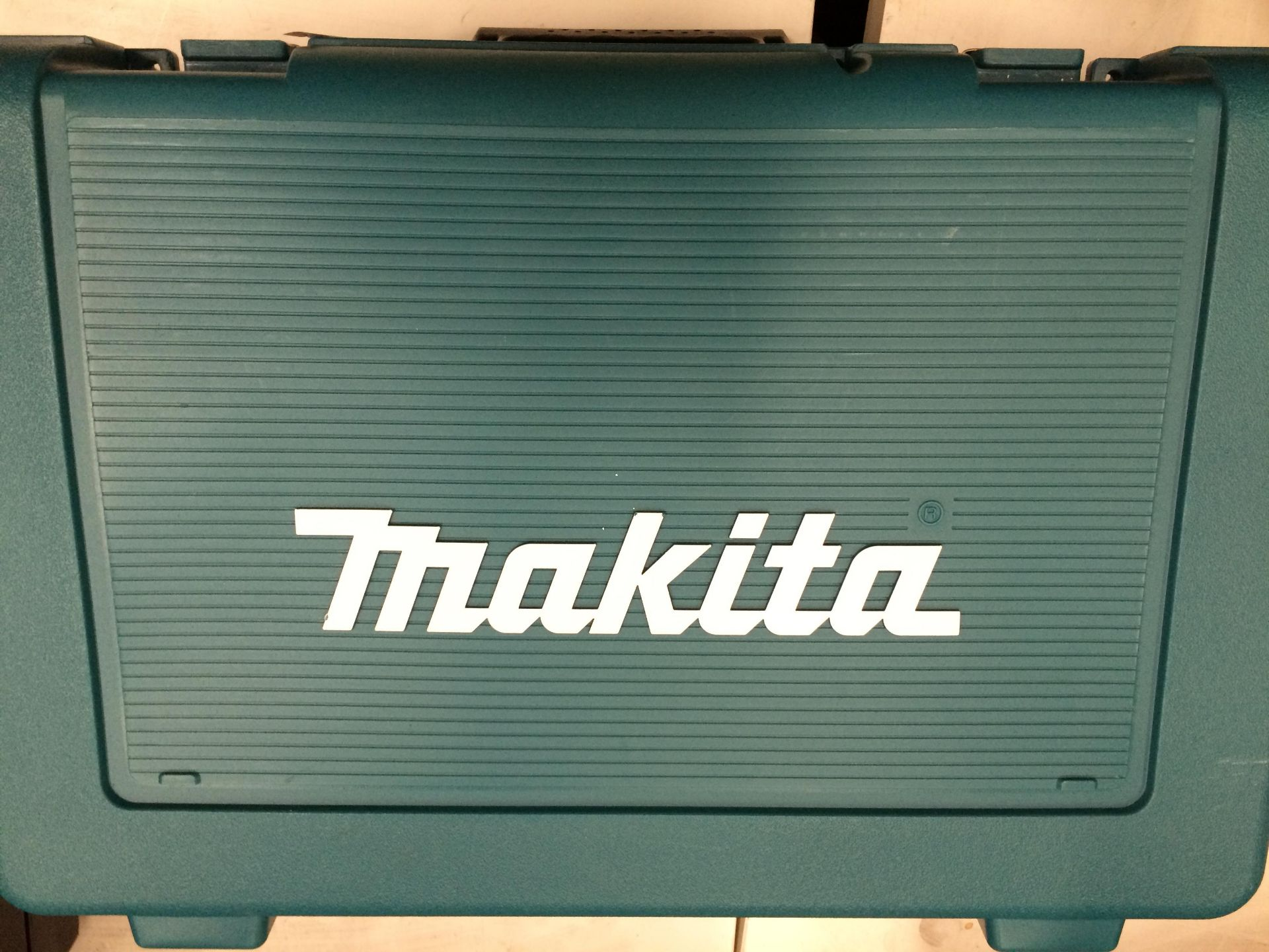 Makita DHP453 18v cordless hammer drill in case complete with one - (3. - Image 2 of 2