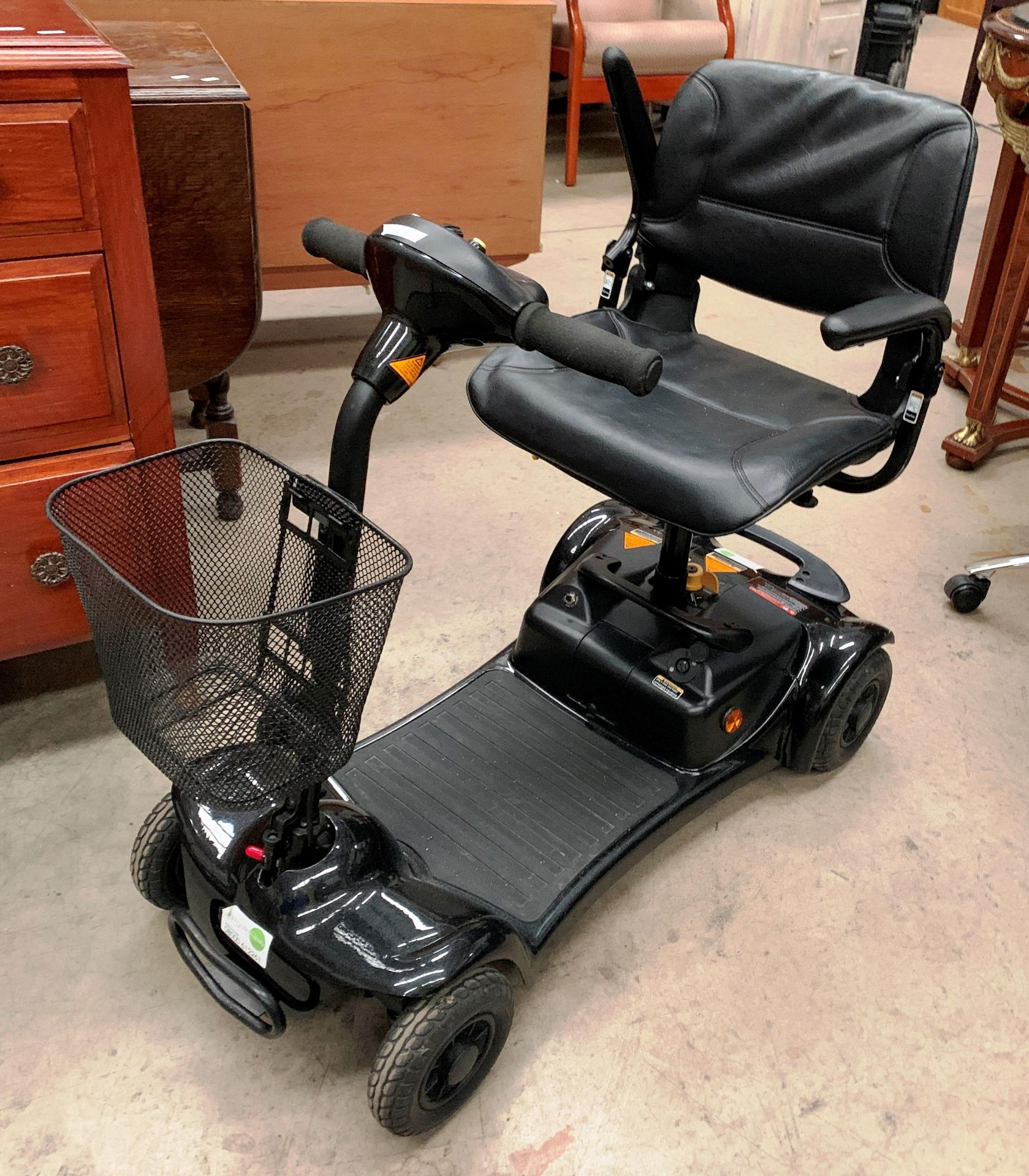 An Electric Mobility Euro Ltd Ultralite 480 mobility scooter complete with keys, manual, - Image 2 of 2