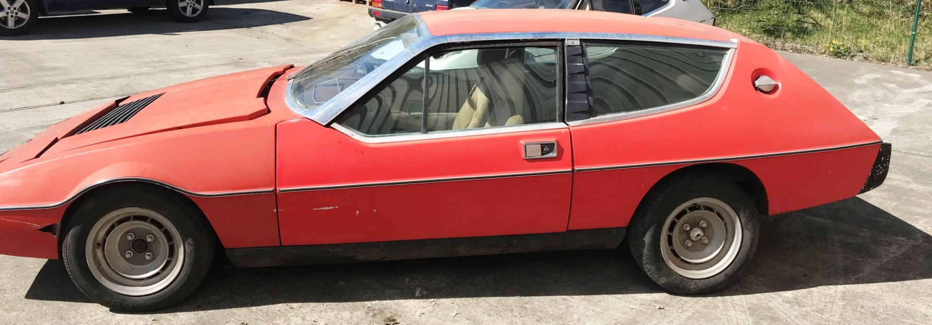 BARN FIND - IN NEED OF TOTAL RESTORATION LOTUS ELITE TWO DOOR SALOON (1973cc) - AUTOMATIC - petrol