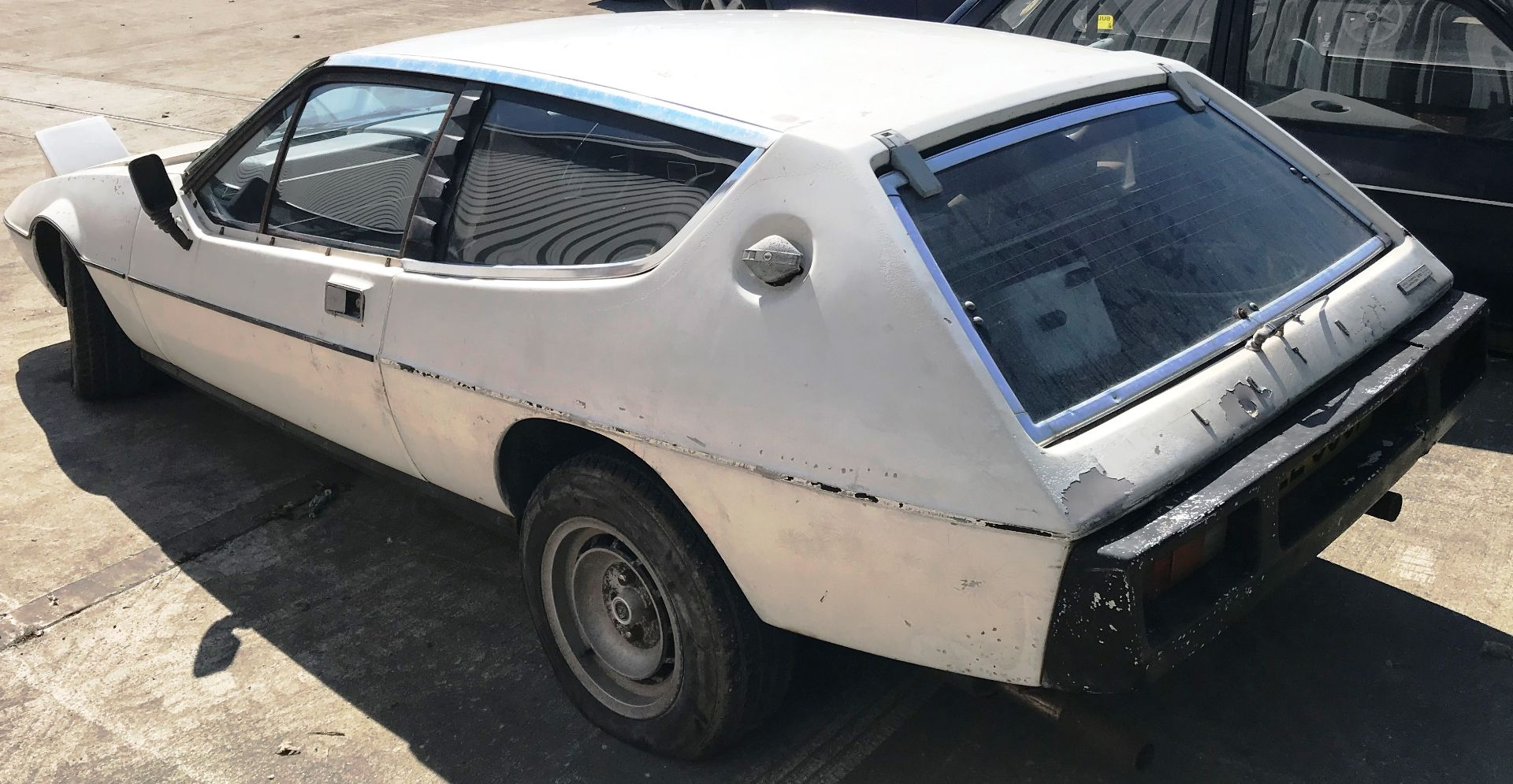 BARN FIND - IN NEED OF TOTAL RESTORATION AND FROM THE SAME BARN AS LOT 7 LOTUS ELITE TWO DOOR - Image 3 of 13