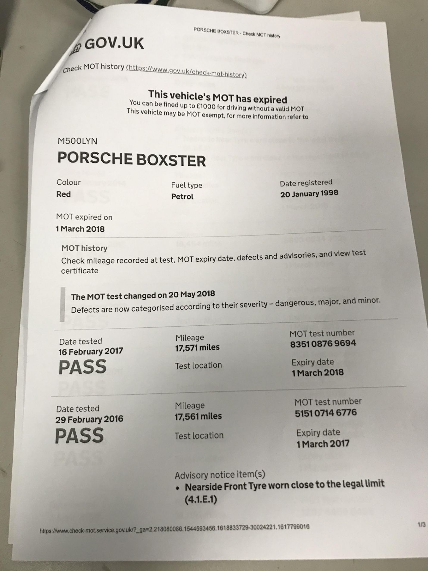 From a deceased estate: PORSCHE BOXSTER 2.5 CONVERTIBLE - Image 21 of 25