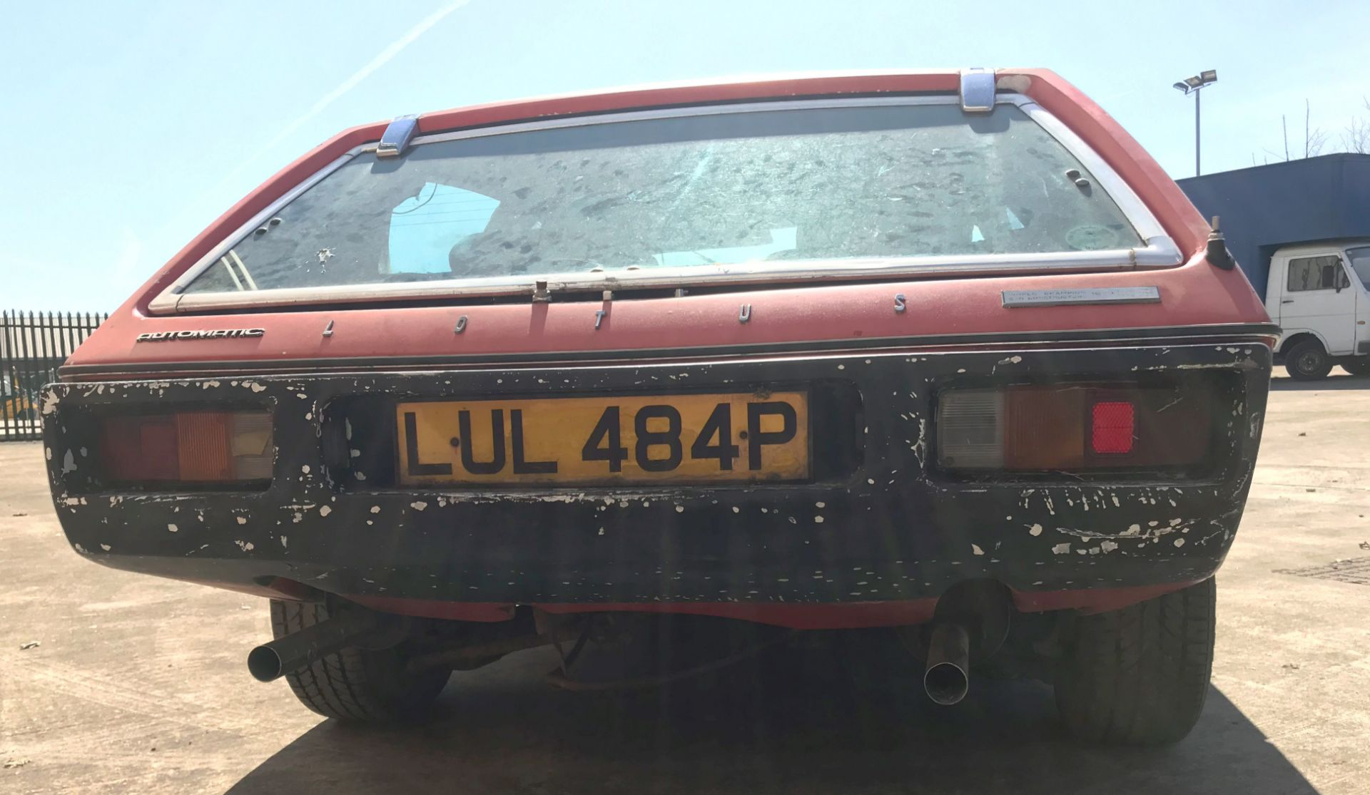 BARN FIND - IN NEED OF TOTAL RESTORATION LOTUS ELITE TWO DOOR SALOON (1973cc) - AUTOMATIC - petrol - Image 13 of 14