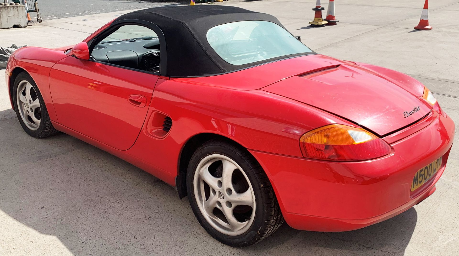 From a deceased estate: PORSCHE BOXSTER 2.5 CONVERTIBLE - Image 6 of 25