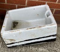 A white glazed Belfast sink 46 x 40 x 17cm deep