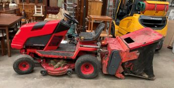"""A Contax Inter-Active blade system hydrostatic K15 8""""/97cm cut ride on lawnmower complete with"""