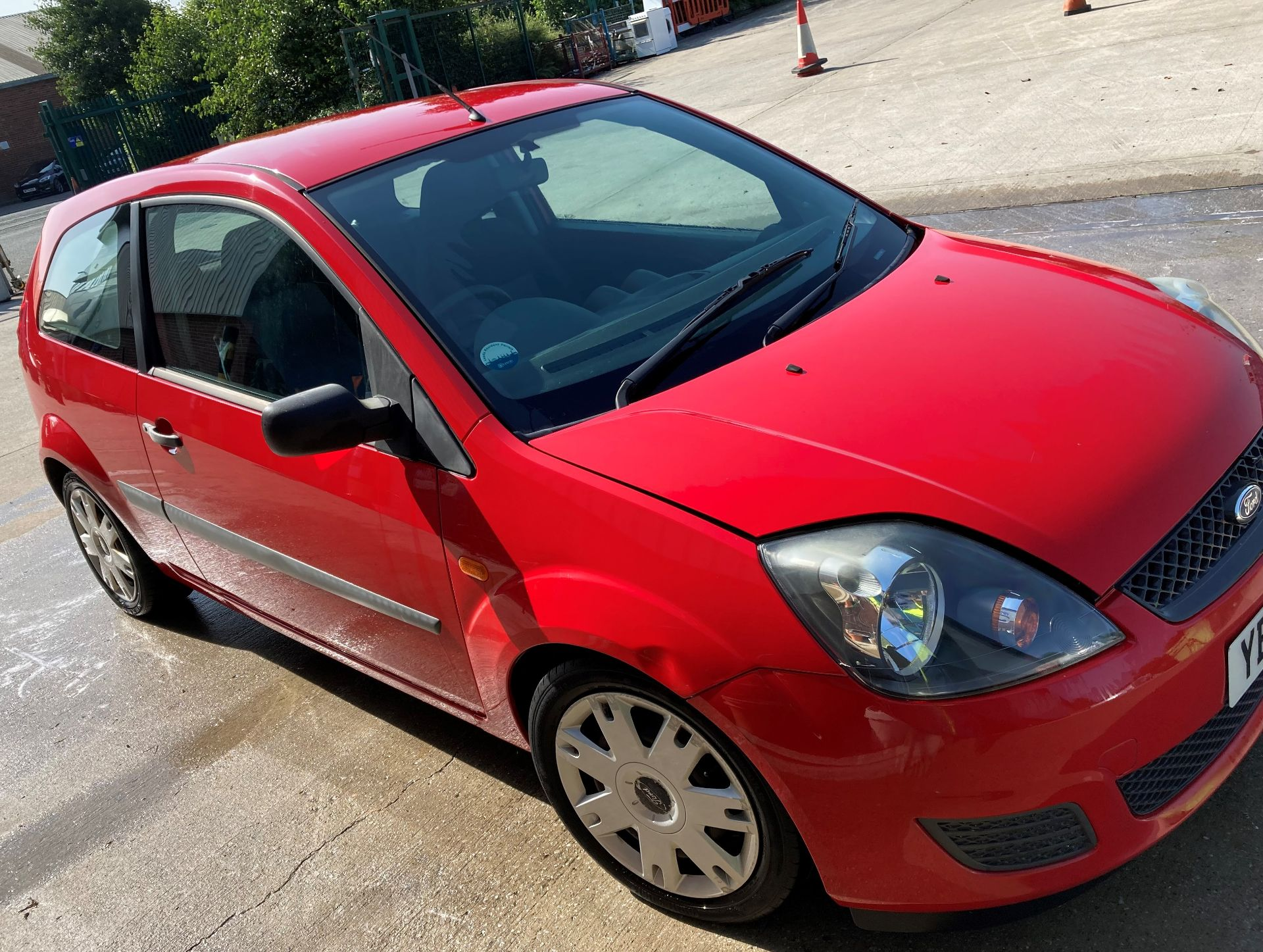 FROM A DECEASED ESTATE FORD FIESTA STYLE 1.2 3 door hatchback - petrol - red Reg No: YB08 XOX Rec. - Image 5 of 10
