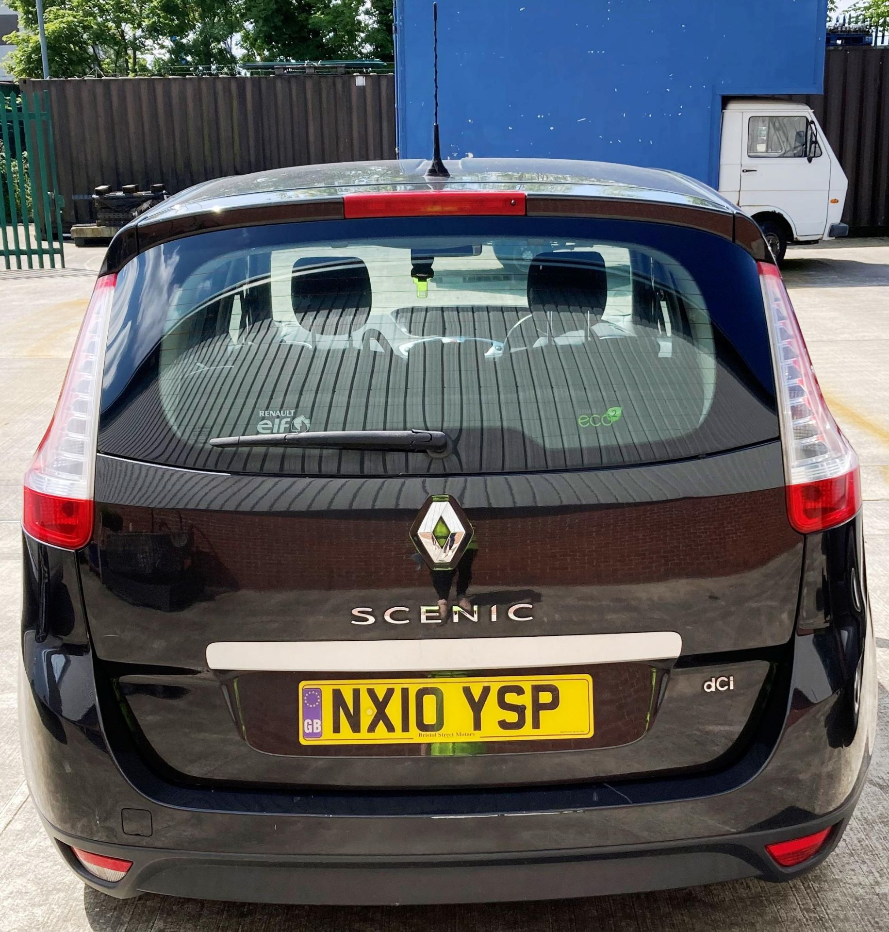 ON INSTRUCTIONS OF A RETAINED CLIENT RENAULT GRAND SCENIC DYN DCi 106 1. - Image 4 of 4