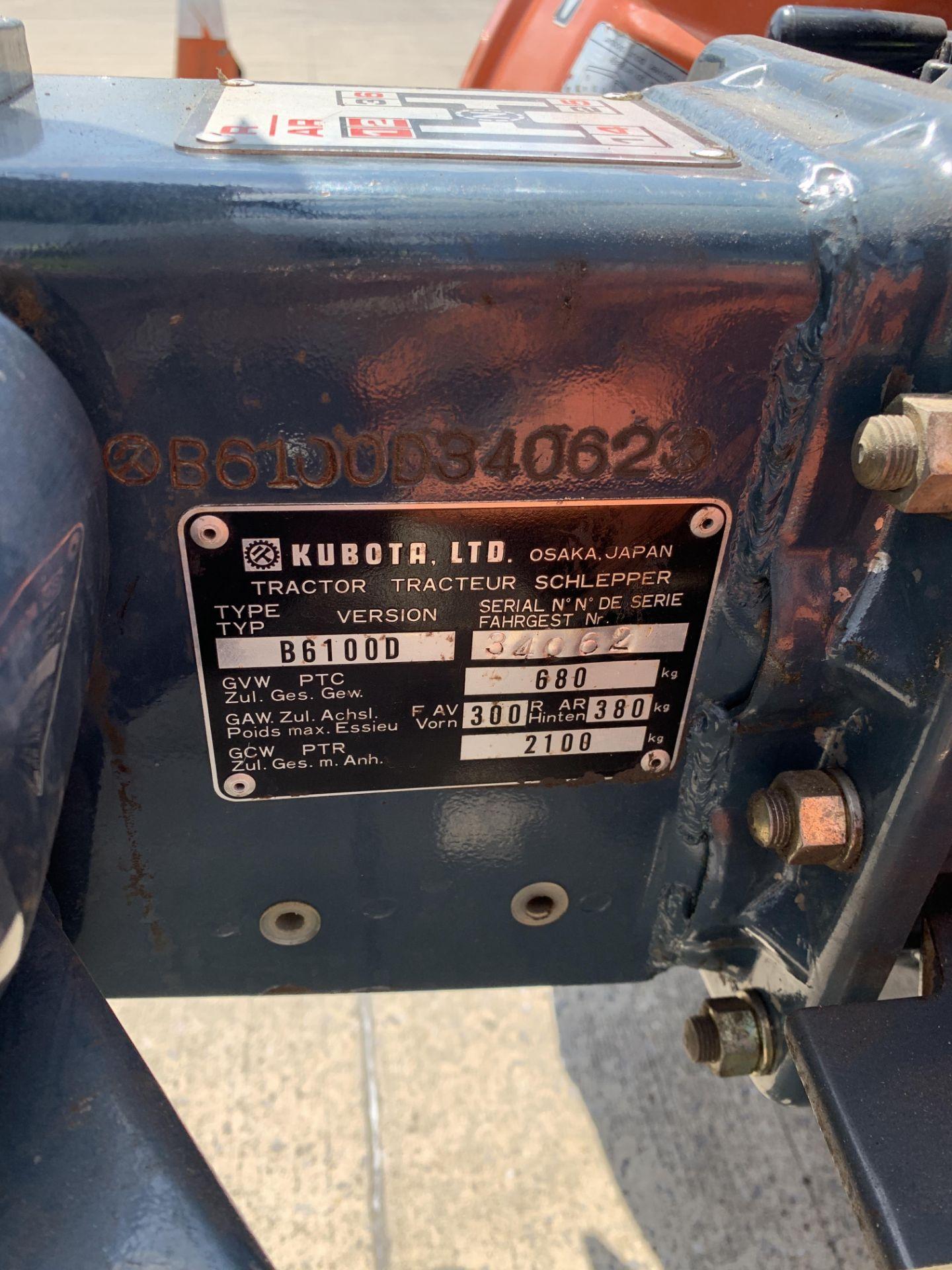 KUBOTA B6100D TRACTOR - diesel - orange Hours: 1019. - Image 15 of 21