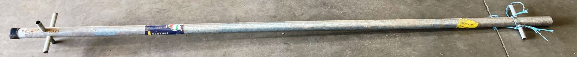 An Abru 8' (244cm) galvanised clothes post