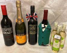 A 750ml bottle of Valdo Extra Dry Prosecco, a 75cl bottle of Lucchini Sicilia Shiraz,