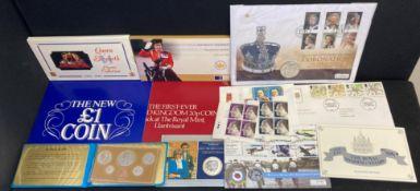Coin & stamp presentation packs