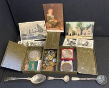 Case filled with medallions, militaria,