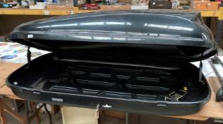A Halfords black gloss roof box - maximum load 50kg,
