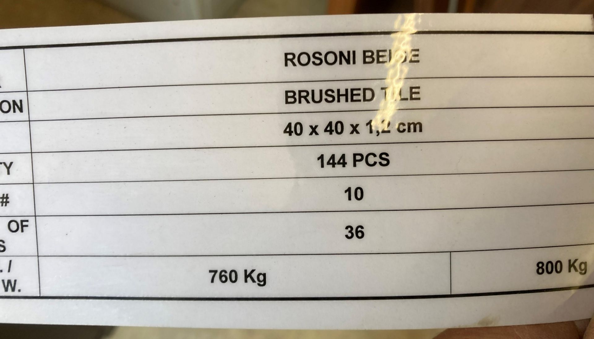 36 x packs of 4 Rosoni beige brushed tiles - 40 x 40 x 1.