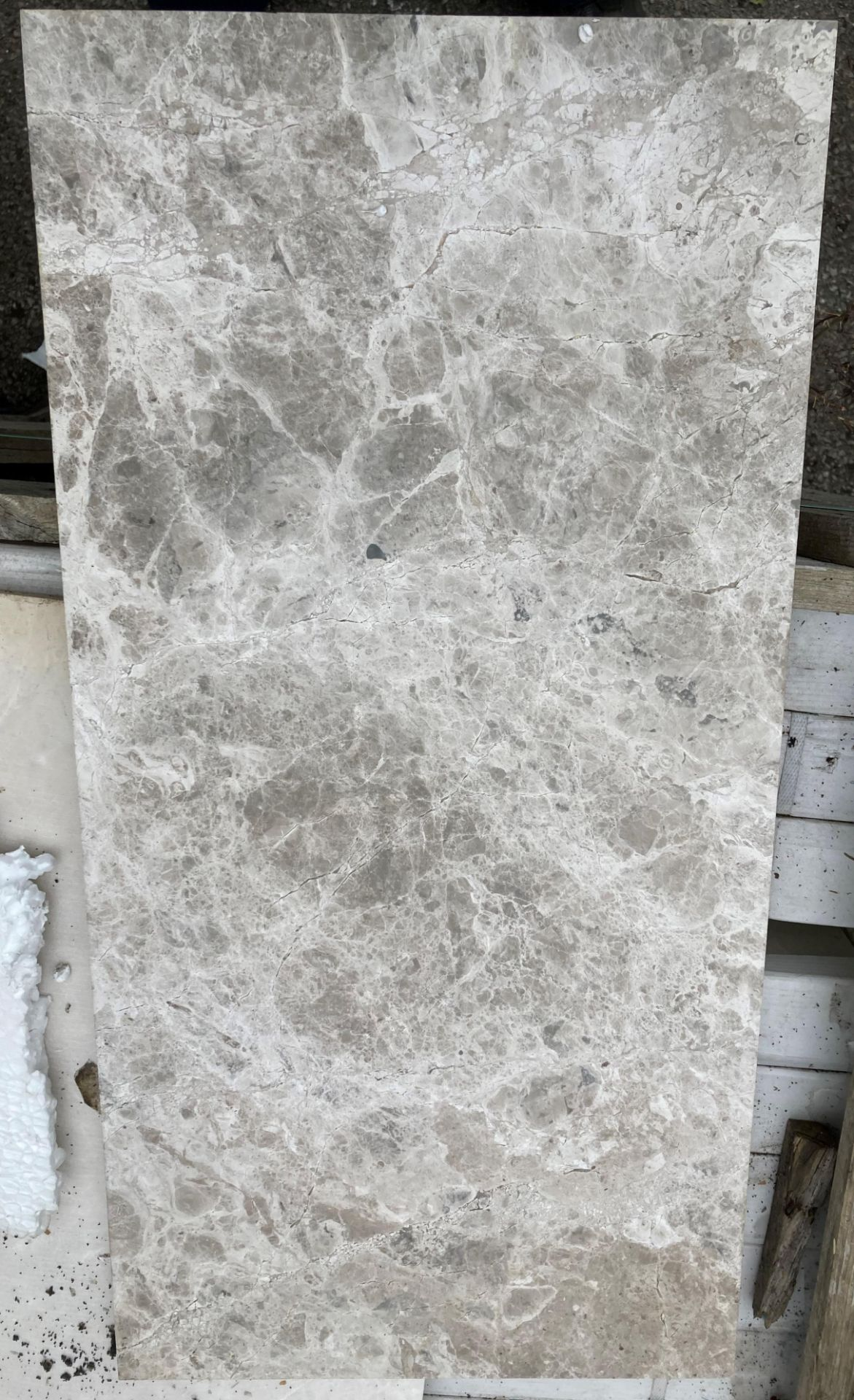 40 x packs of 4 marble tiles in Silver Emperador - 30 x 60 x 1.
