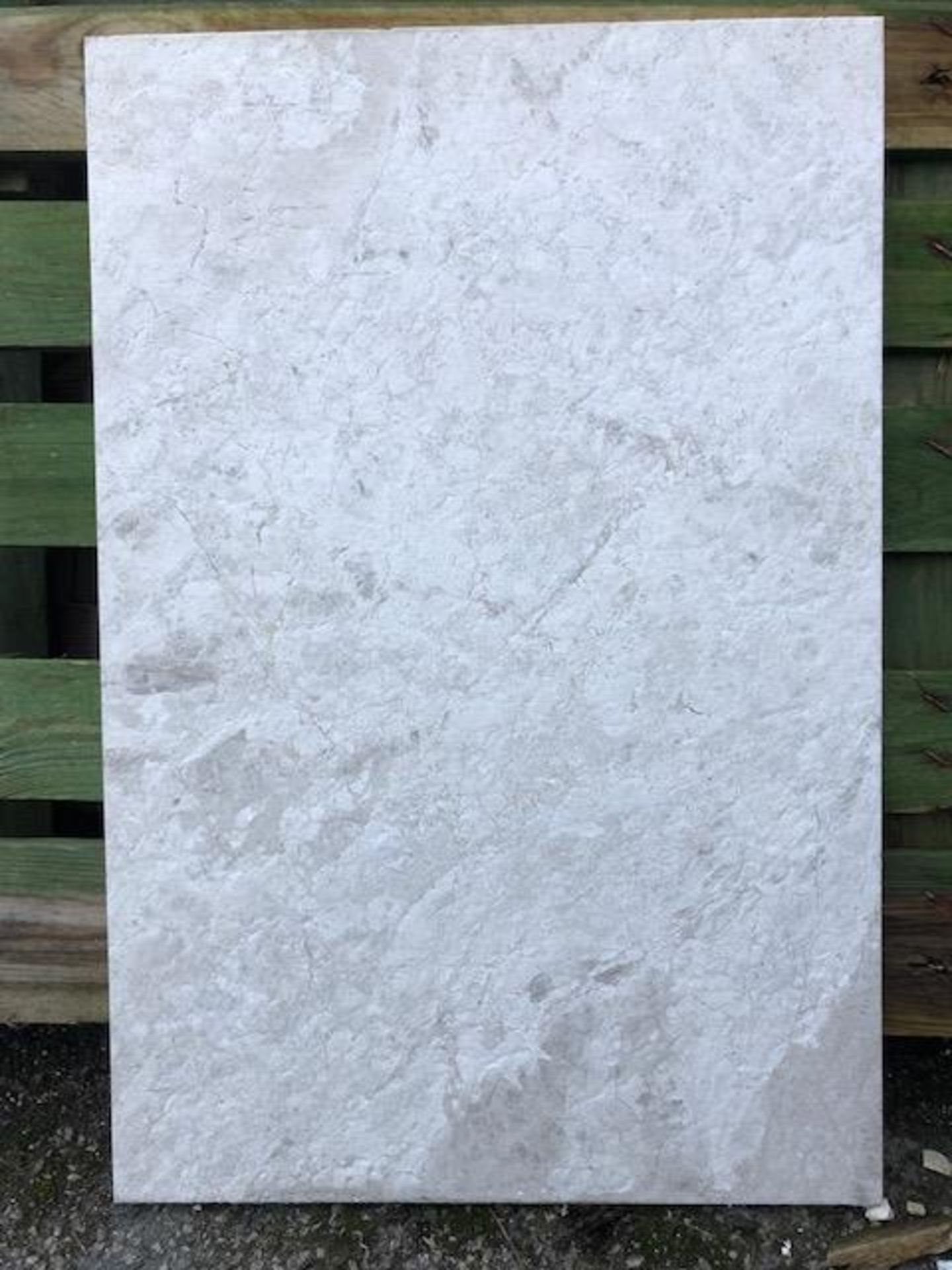 45 x packs of 4 marble tiles in Silver Emperador - 40 x 60 x 1.