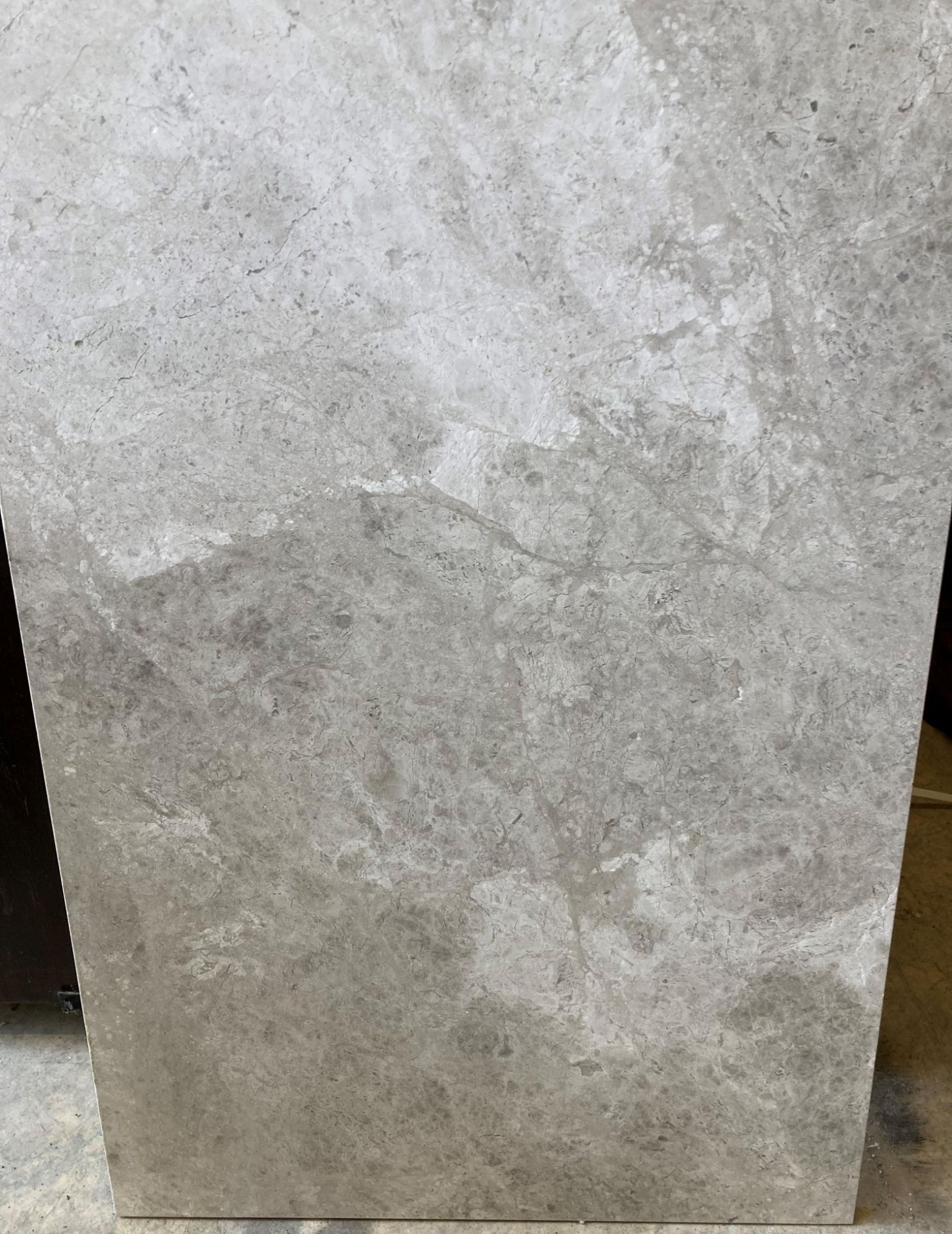 20 x packs of 4 marble tiles in Silver Emperador - 40 x 60 x 1.