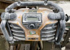 DeWalt DCR017 portable work radio - battery and 240v (as seen)