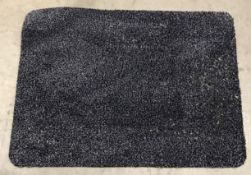 20 x black speckled rubber backed doormats - 60 x 80cm