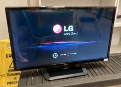 """An LG 32L5345T 32"""" TV - no remote control"""