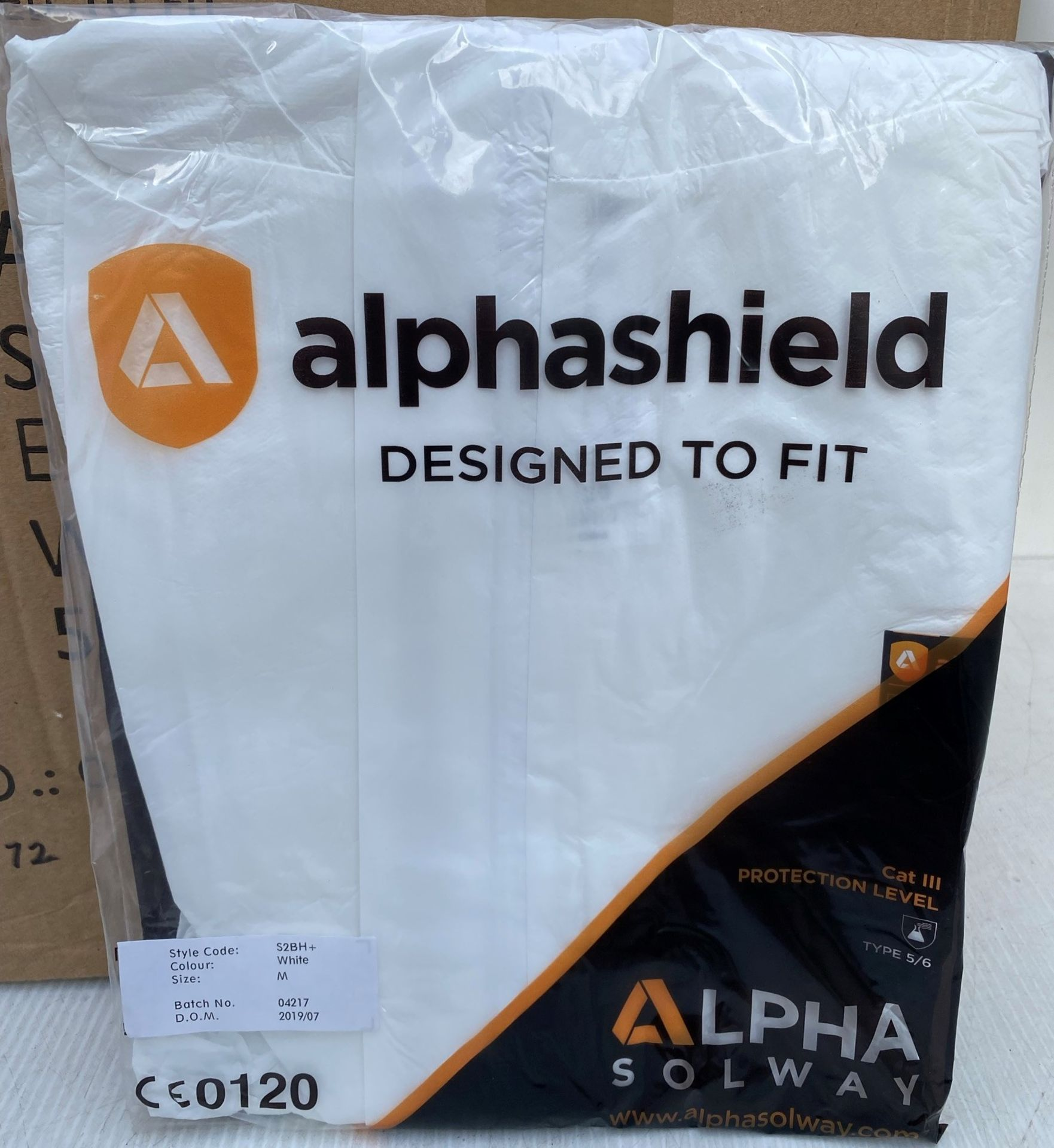 50 x Alpha Solway - Alphashield 2000+ protective S2BH+ white oversuits - Assorted sizes Medium,