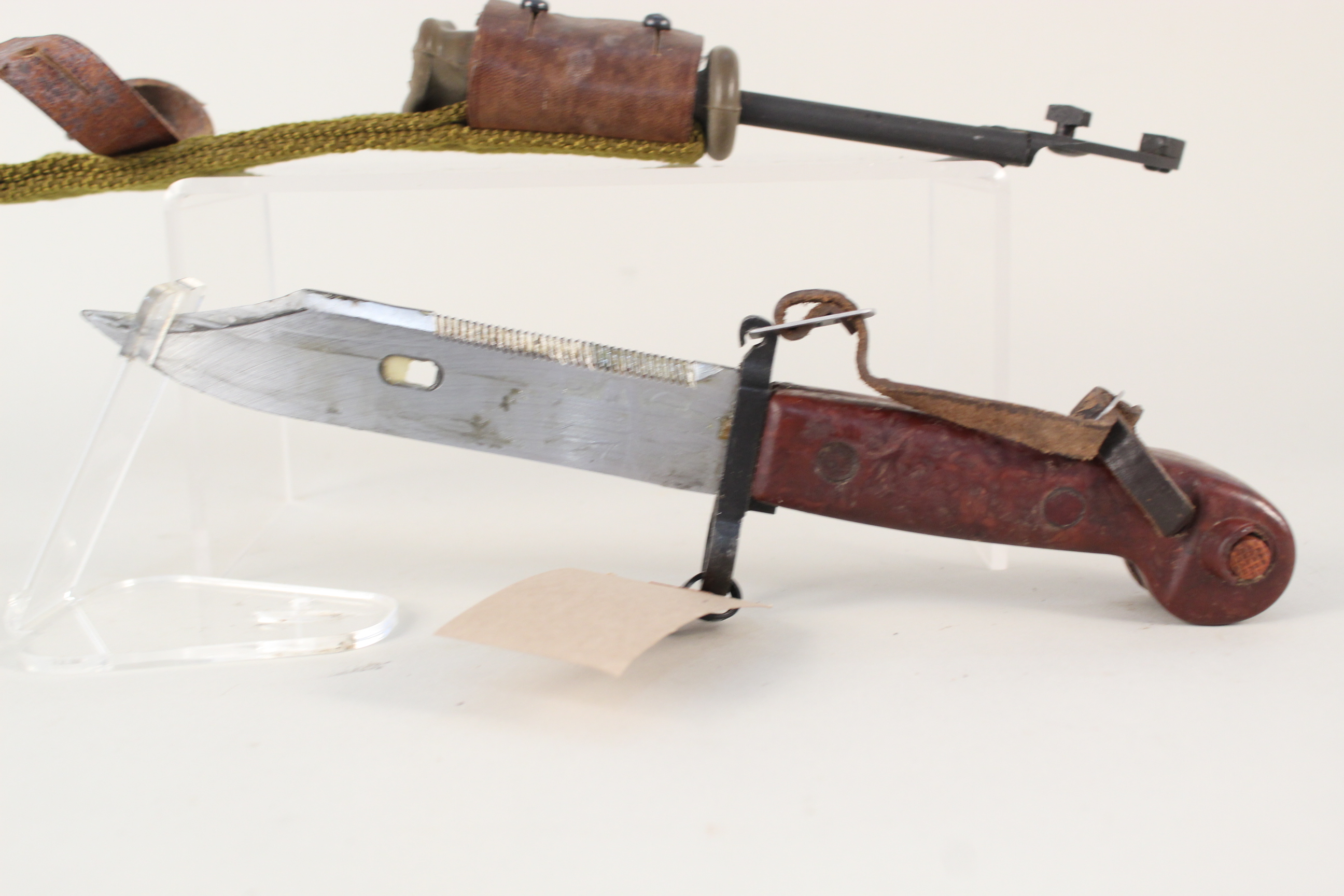 An AKM Bayonet with scabbard (matching numbers) - Image 2 of 4