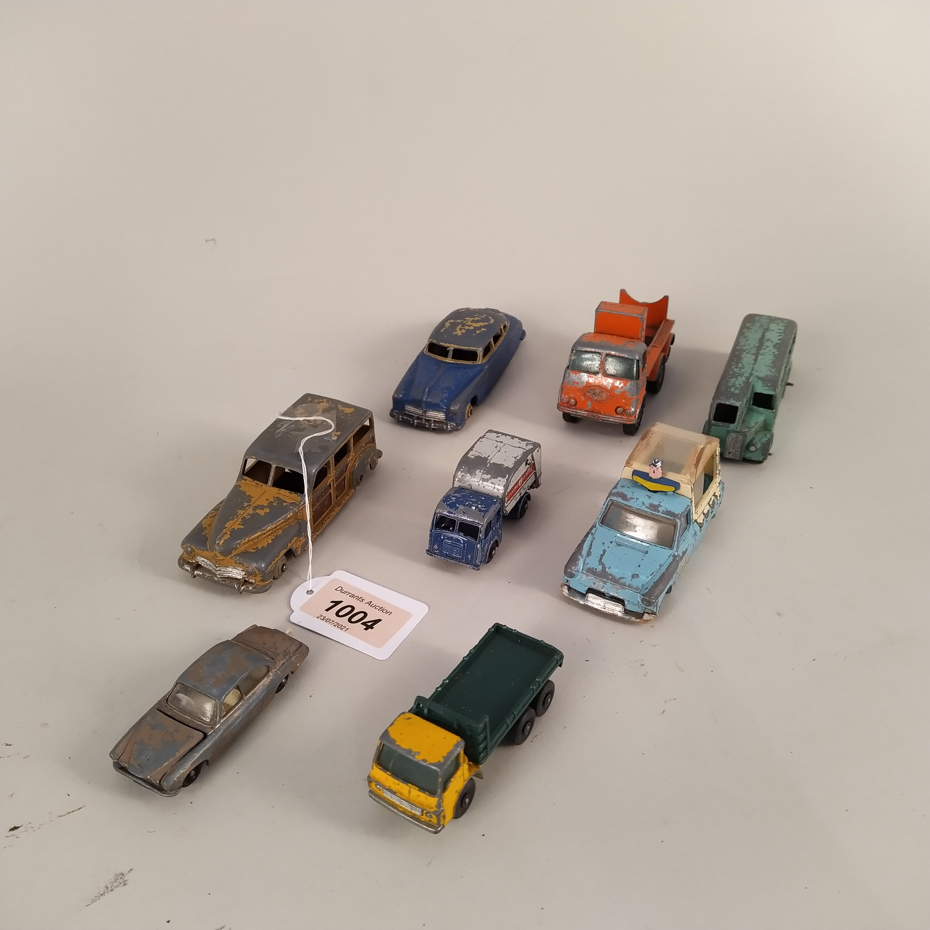 Vintage Dinky and Corgi toy cars (very playworn condition, some lacking wheels), - Image 3 of 3