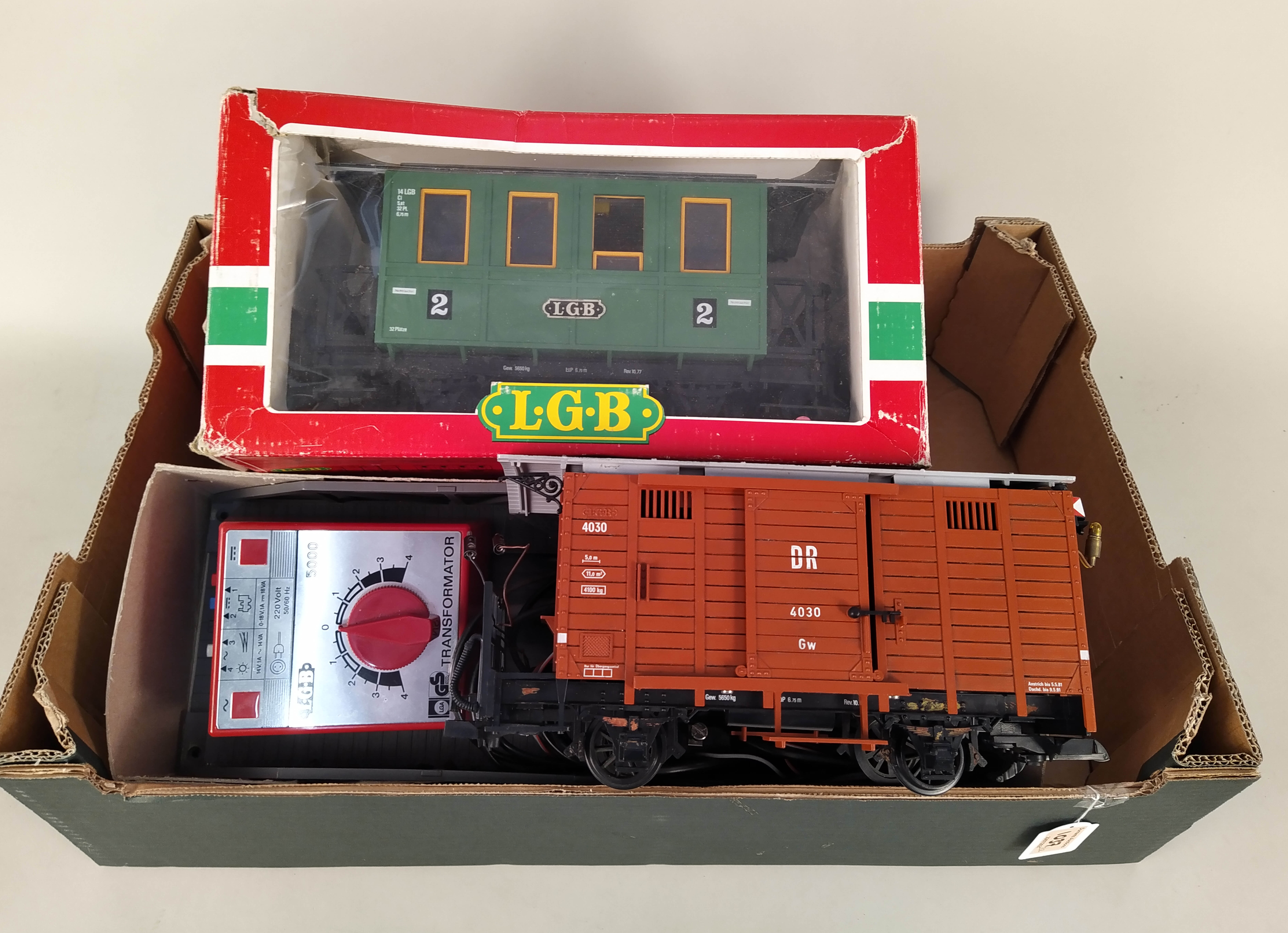 A LGB (Lehmann-Gross-Bahn) 2017D boxed engine, a boxed carriage 3010, an unboxed carriage, - Image 3 of 3