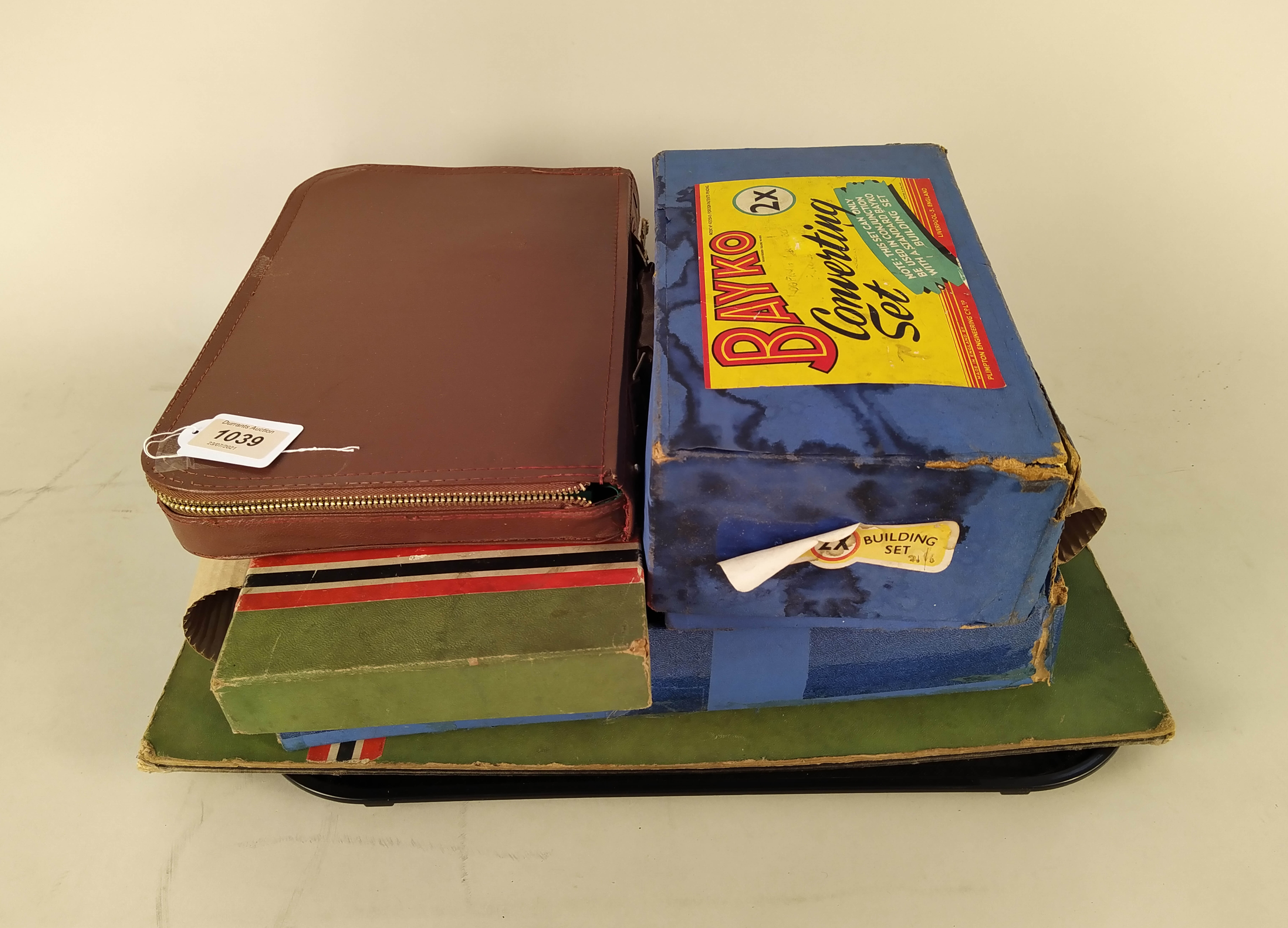 A vintage Totopoly game with board and two boxes of vintage 'Bayko' building sets plus a Mahjong - Image 3 of 3