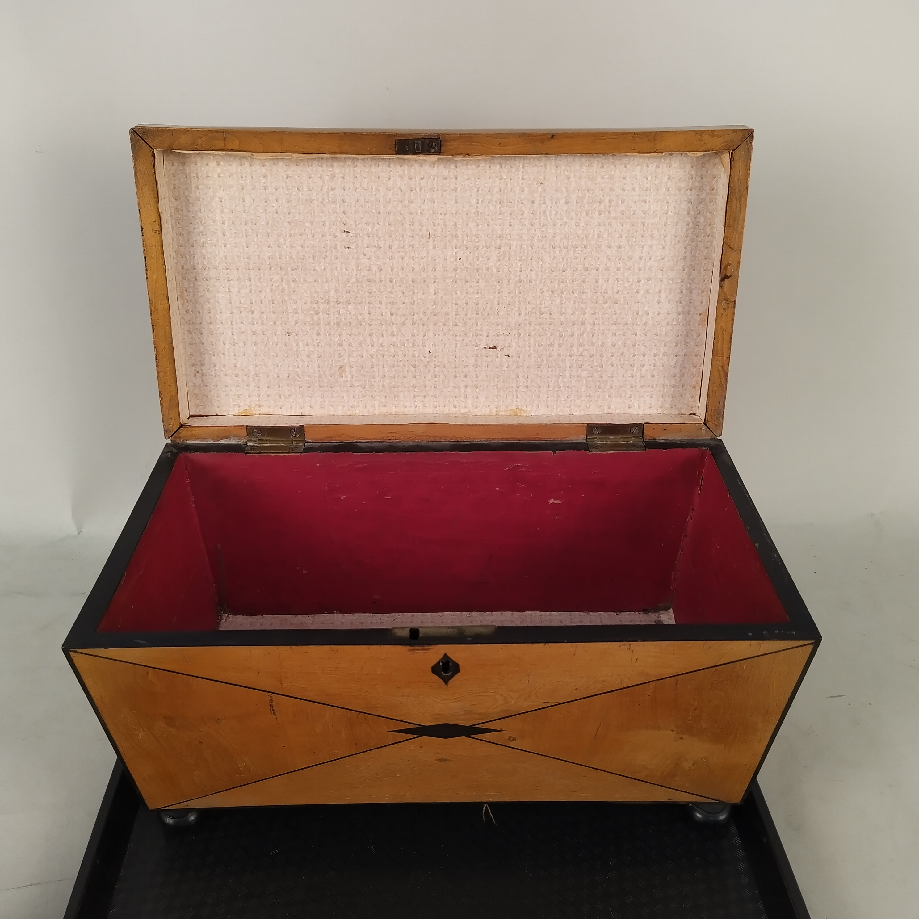 An antique satinwood tea caddy with void interior plus a Victorian brass chestnut roaster and ladle - Image 2 of 3