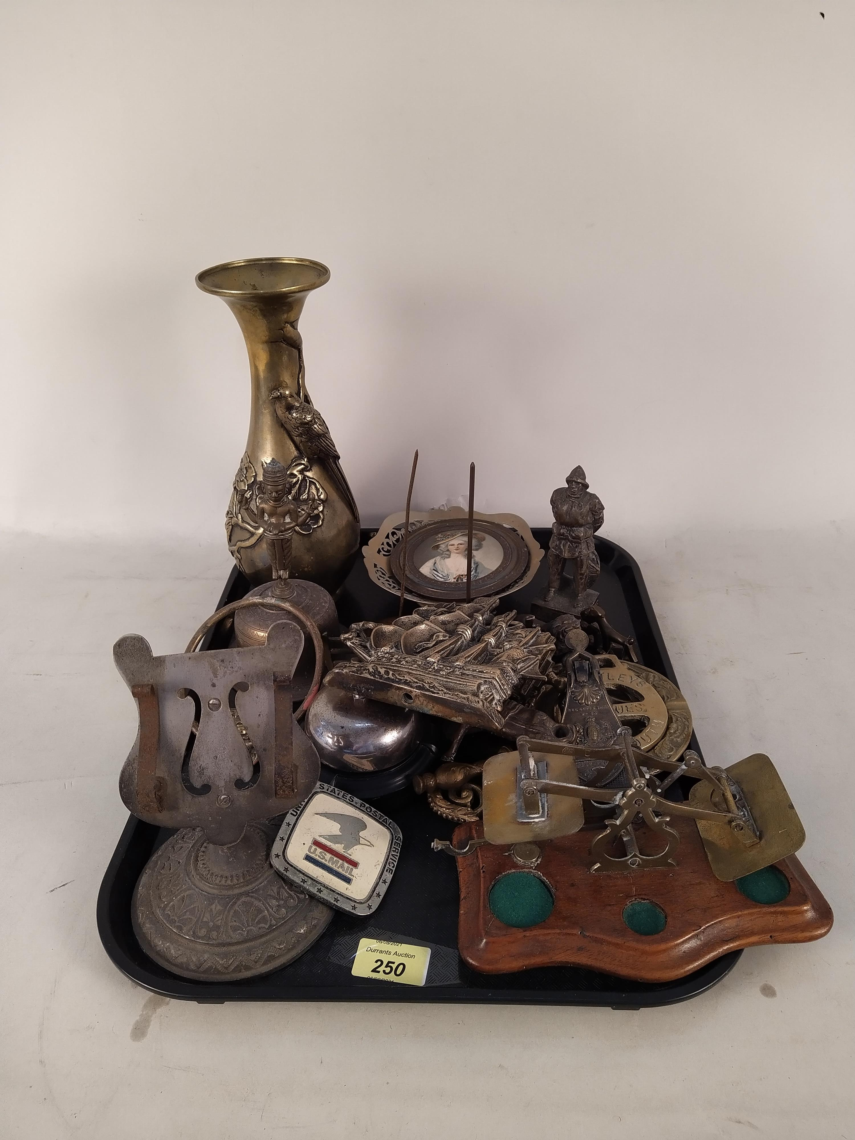 Mixed metalware including an antique paper clip, a heavy brass vase, postal scales (as found), - Image 3 of 3
