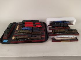 Eleven Atlas Editions model trains